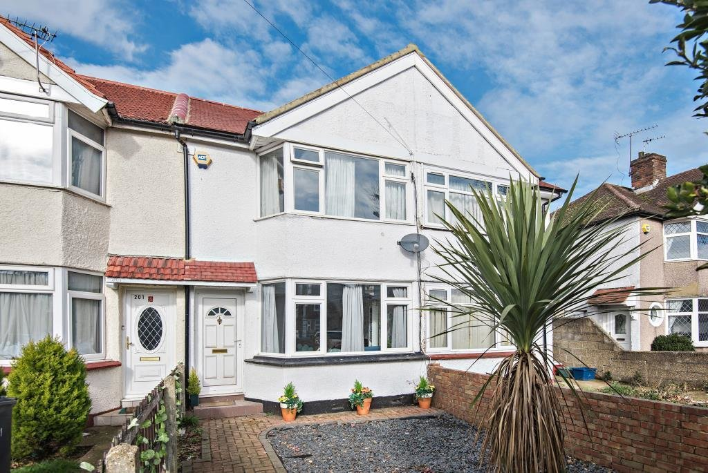 Best 2 Bedroom House For Sale In Hounslow Online Information With Pictures