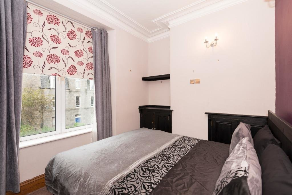 Best Roslin Street City Centre Aberdeen Ab24 5Pe 1 Bed Flat To Rent £450 Pcm £104 Pw With Pictures