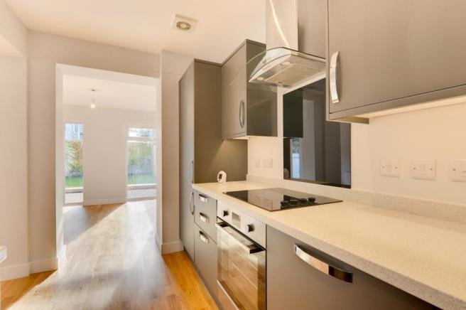 Best 2 Bedroom Ground Floor Flat For Sale In King Edward Avenue With Pictures