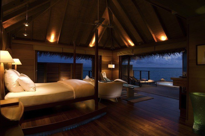 Best Spectacular Underwater Bedroom In Maldives With Pictures