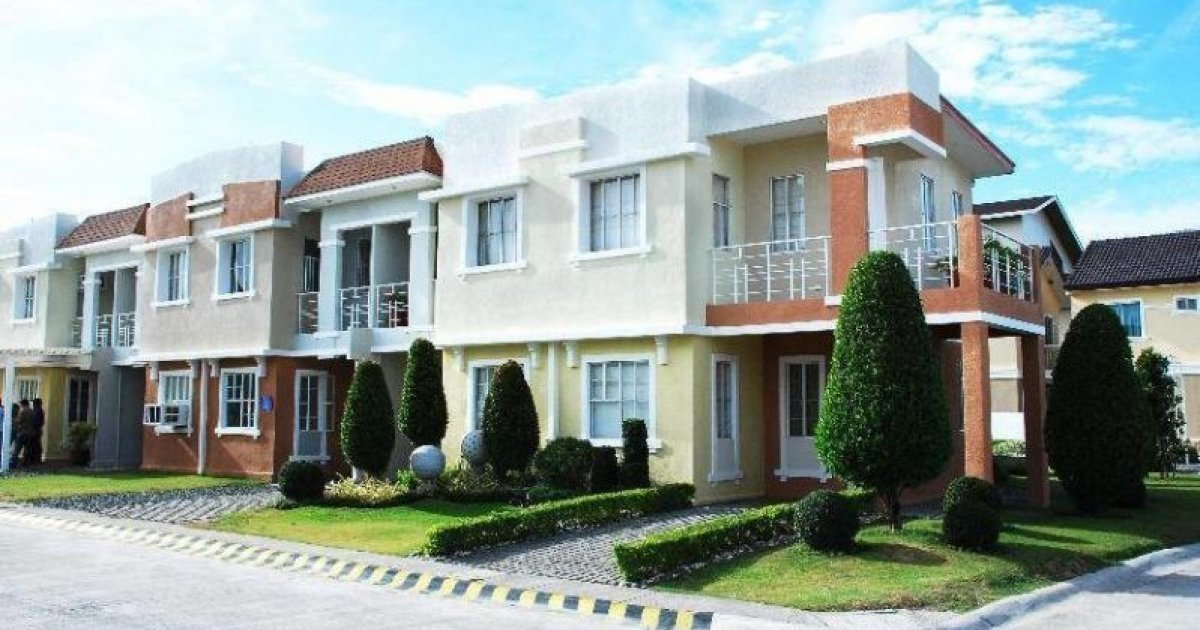 Best 3 Bed Townhouse For Sale In Lancaster Estates ₱575 000 With Pictures