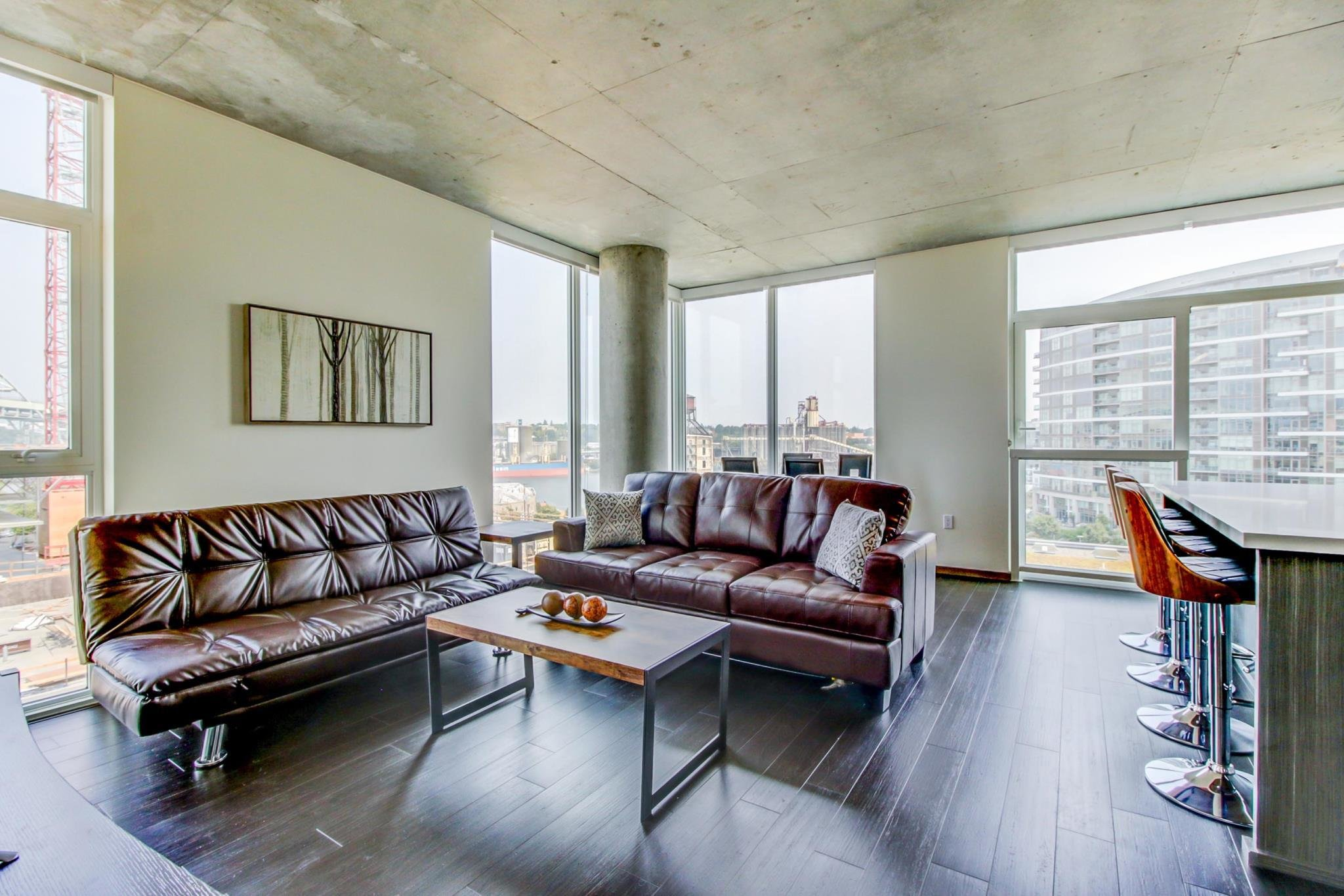 Best Spacious Luxury Apartments In Portland S Pearl District In Portland Or Room Deals Photos With Pictures