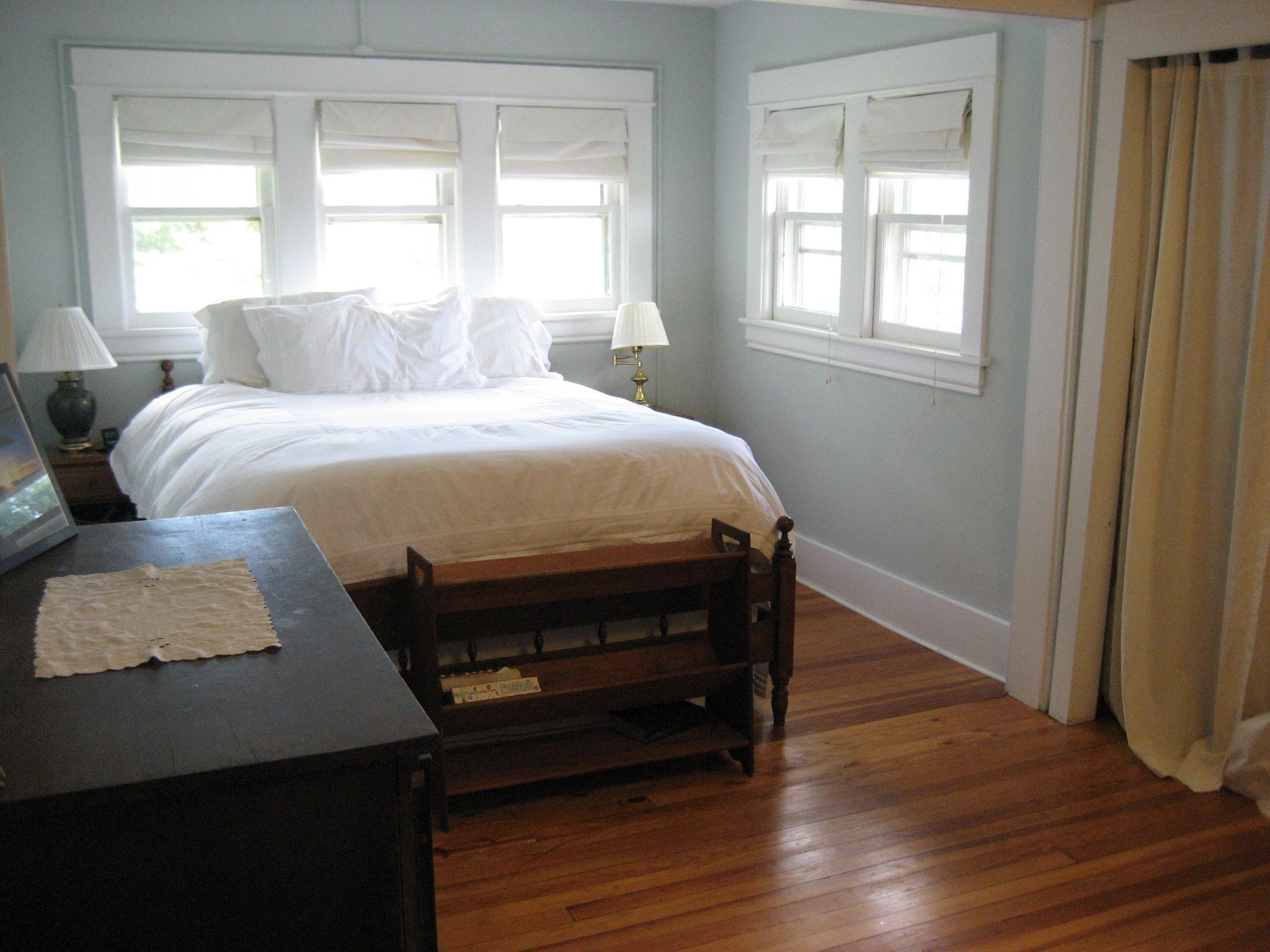 Best Spacious Master Bedroom With Beautiful Hardwood Floors With Pictures