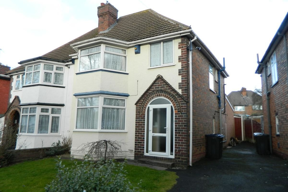 Best 3 Bedroom Semi Detached House For Sale In Birmingham West Midlands Real Estate Apartment With Pictures
