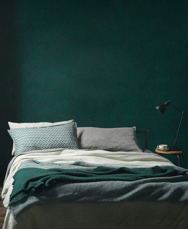 Best How To Decorate Your Home With Hunter Green Stylecaster With Pictures