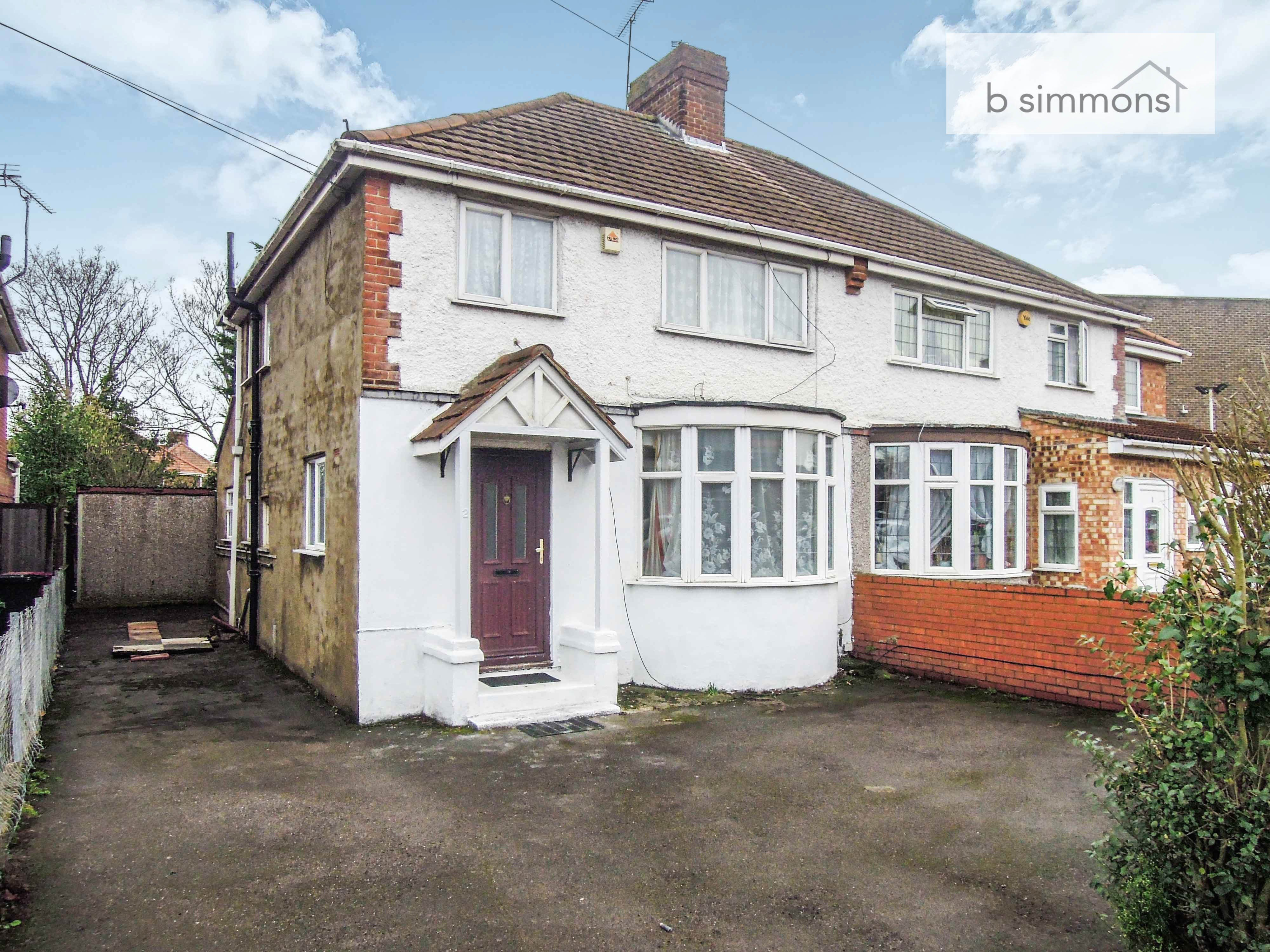 Best 3 Bedroom Semi Detached House For Rent In Slough With Pictures