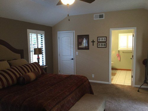 Best What Color Should I Paint My Small Master Bathroom With Pictures