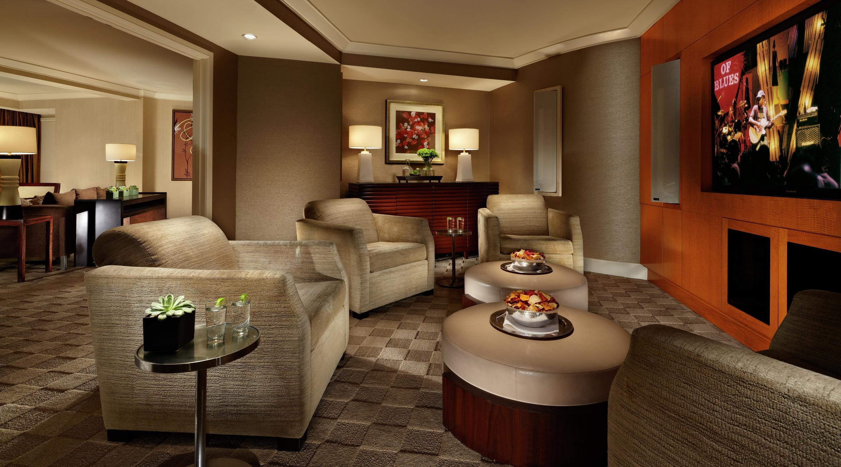 Best Media Suite Mandalay Bay With Pictures