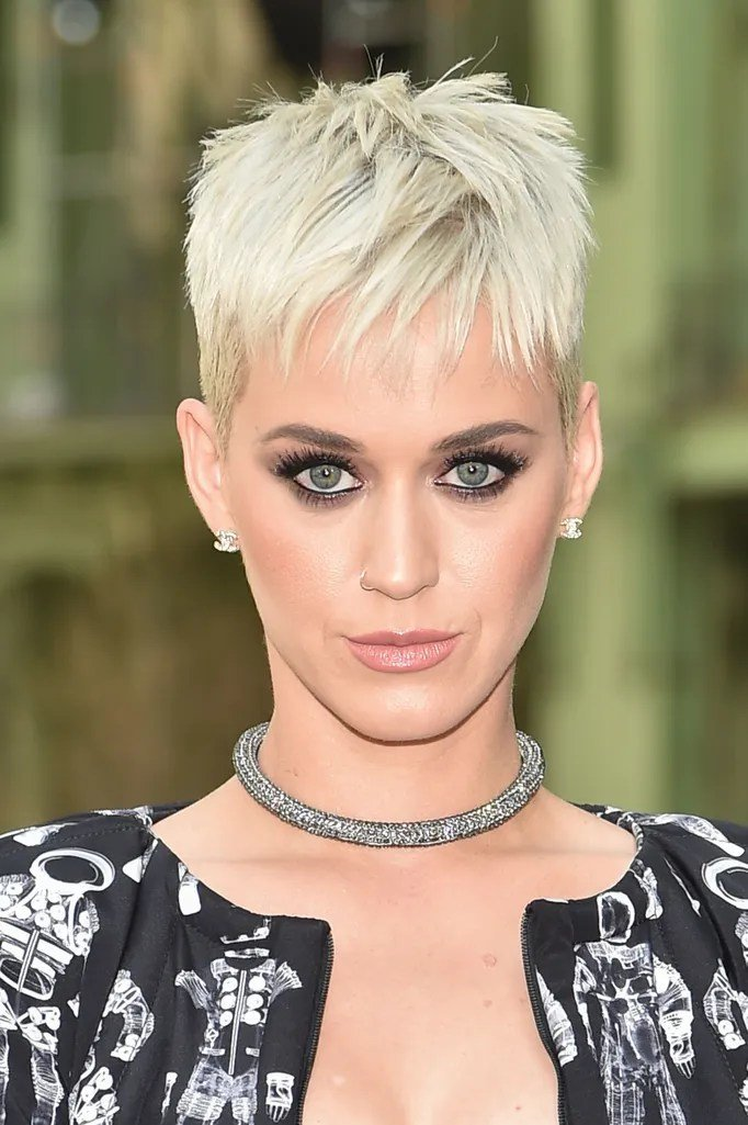Free Best Short Haircuts Hairstyles And Pixie Cuts For 2017 Wallpaper