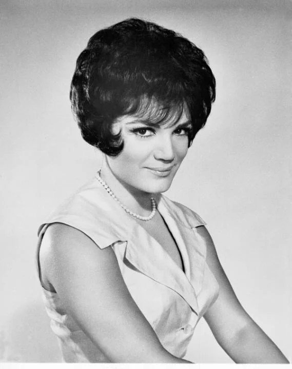 Free Connie Francis 1950S Hairstyles Pictures Popsugar Wallpaper