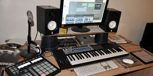 Best Home Recording Studio Setup For Beginners With Pictures