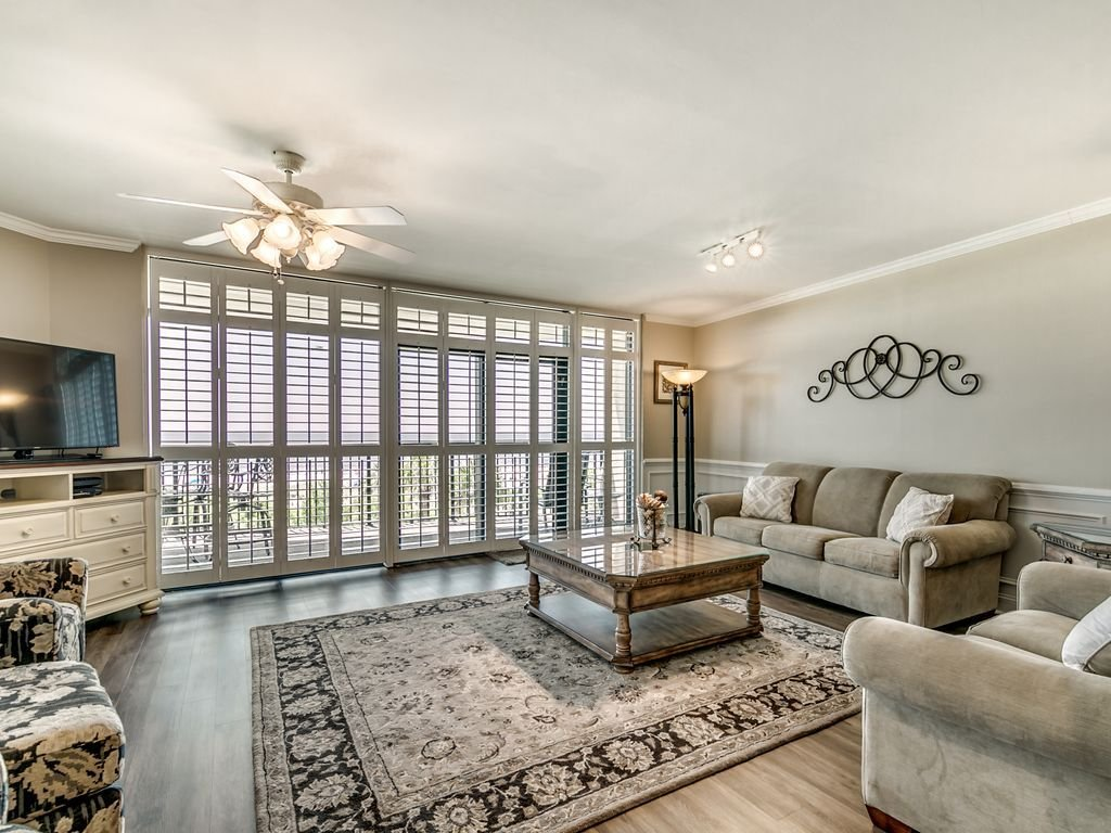 Best Large Oceanfront Four Bedroom Condo Available By Luxury With Pictures