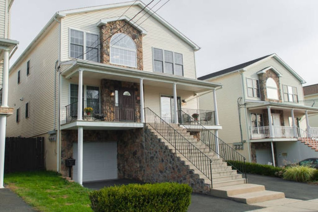 Best Beautiful Bright 3 Bedroom 2 Bath In Paterson Nj With Pictures