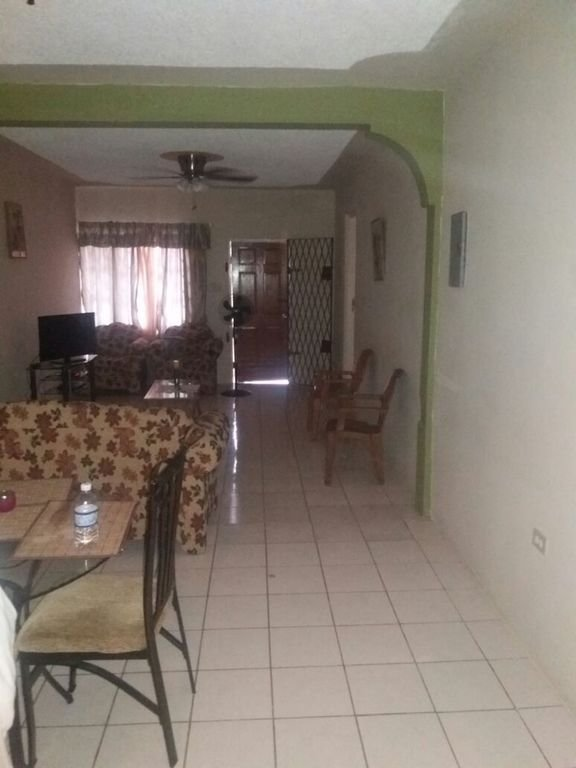 Best 2 Bedroom Apartment In Manchester Mandeville Manchester Parish Rentbyowner Com Rentals With Pictures