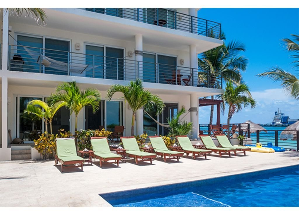 Best Luxury 2 Bedroom Beachfront Condo With Pool And Hot Tub With Pictures