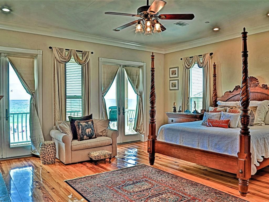 Best Beach Buck 8 Bedroom 7 5 Bath Privgulf Front Home Destin With Pictures
