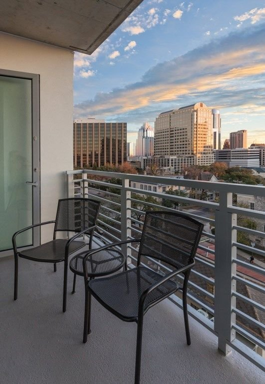 Best Wyndham Austin Texas 2 Bedroom Suite Downtown With Pictures