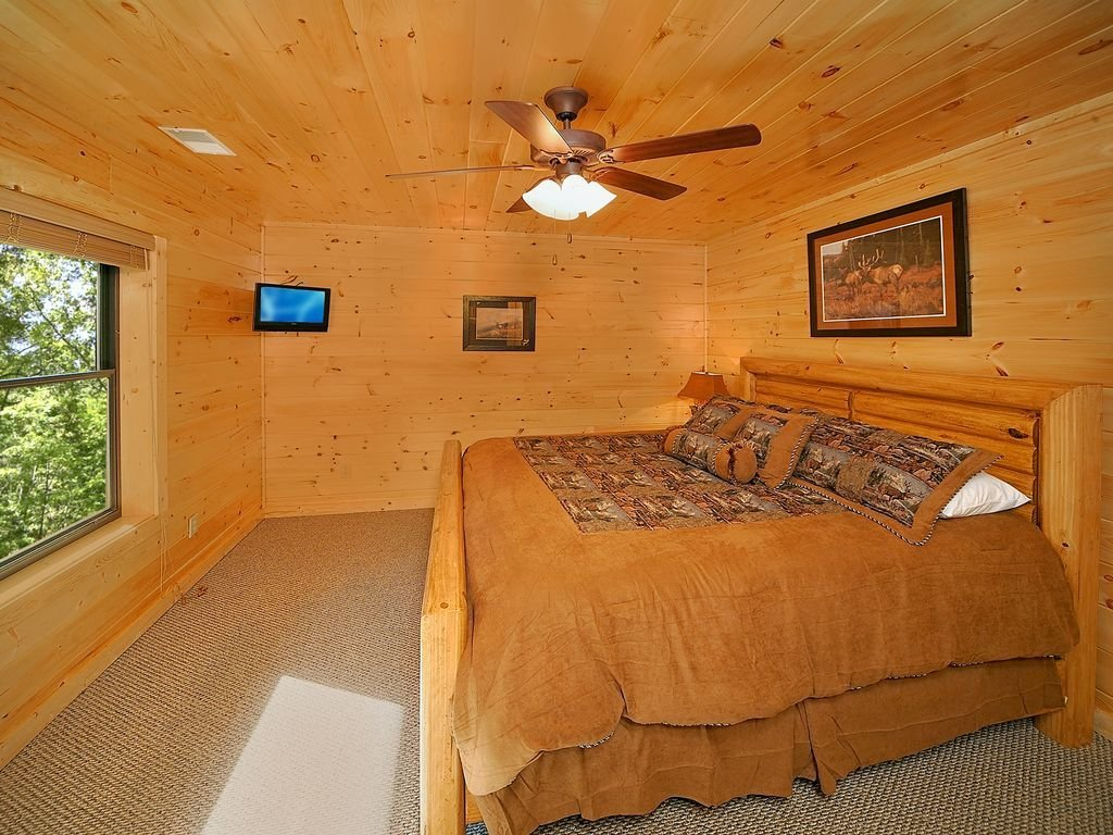 Best 5 Bedroom Gatlinburg Cabin Rental With Home Theater Room Pittman Center Tennessee With Pictures