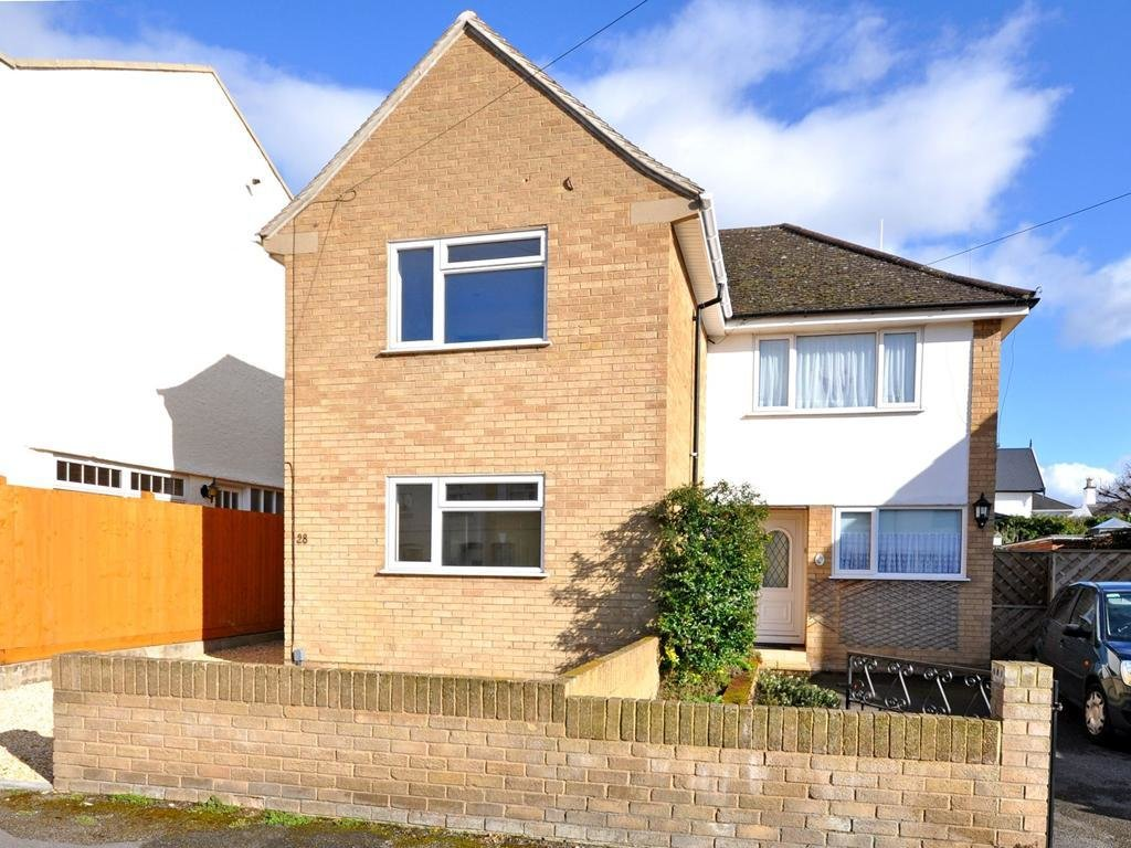Best 3 Bedroom Semi Detached House For Rent In Cheltenham With Pictures