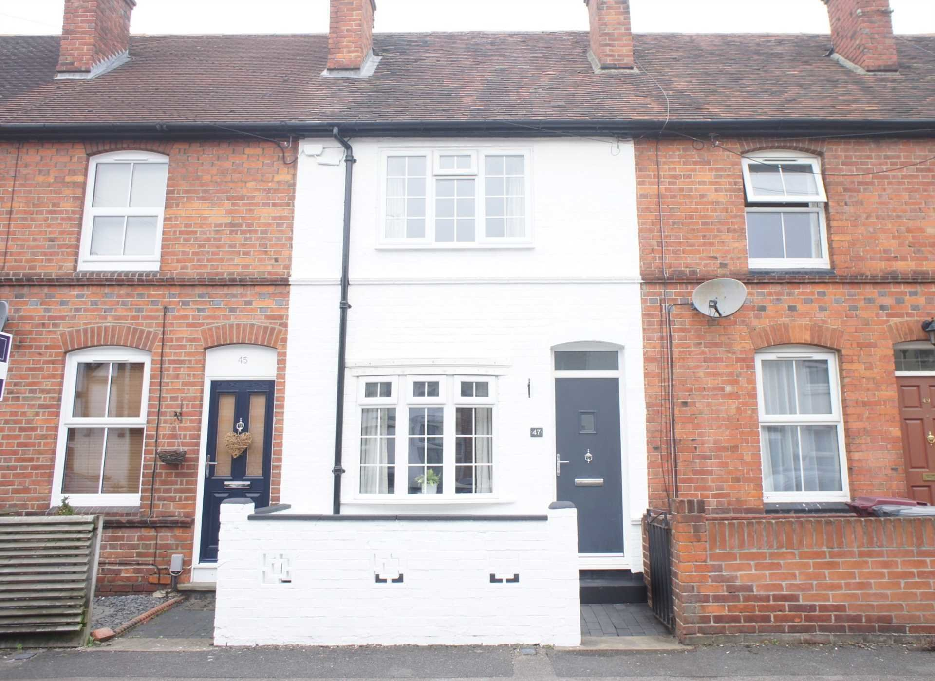 Best 2 Bedroom Terraced House For Sale York Road Reading Rg1 With Pictures