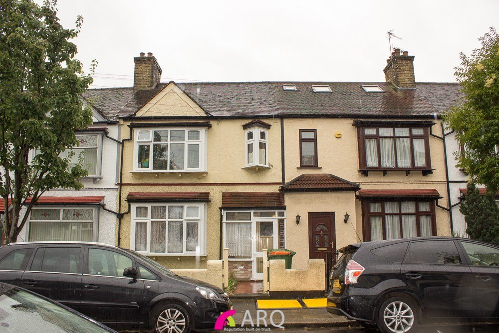 Best 3 Bedroom Terraced House For Sale Cotswold Gardens East Ham E E6 3Je With Pictures