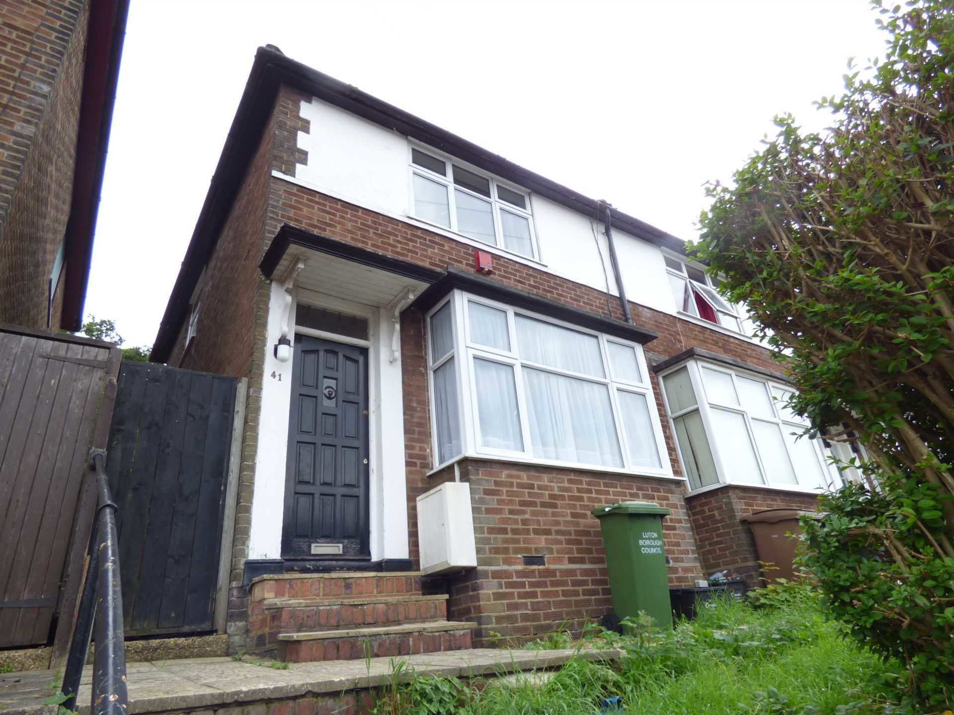 Best 2 Bedroom House To Rent Pomfret Avenue Luton Lu2 0Jj With Pictures