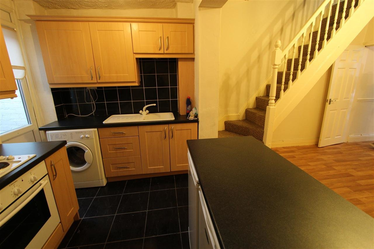 Best 2 Bedroom Terraced House To Rent Southgate Road Stoneycroft Liverpool L L13 5Xz With Pictures