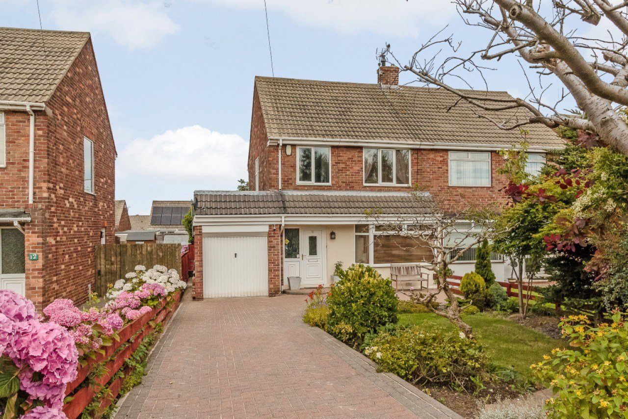 Best 3 Bedroom Semi Detached House For Sale Angerton Avenue With Pictures