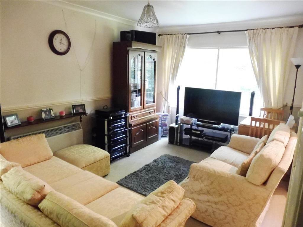 Best 1 Bedroom Apartment To Rent Ashcroft Court Fern Drive With Pictures