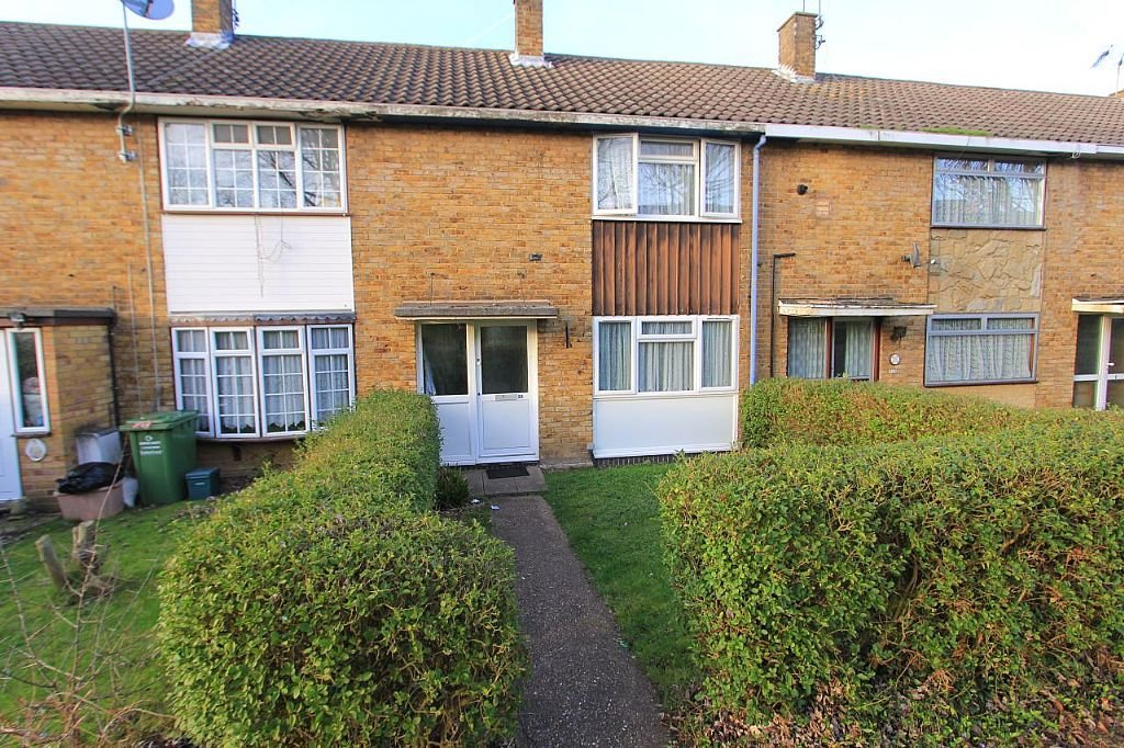 Best 2 Bedroom Terraced House For Sale Gernons Basildon With Pictures