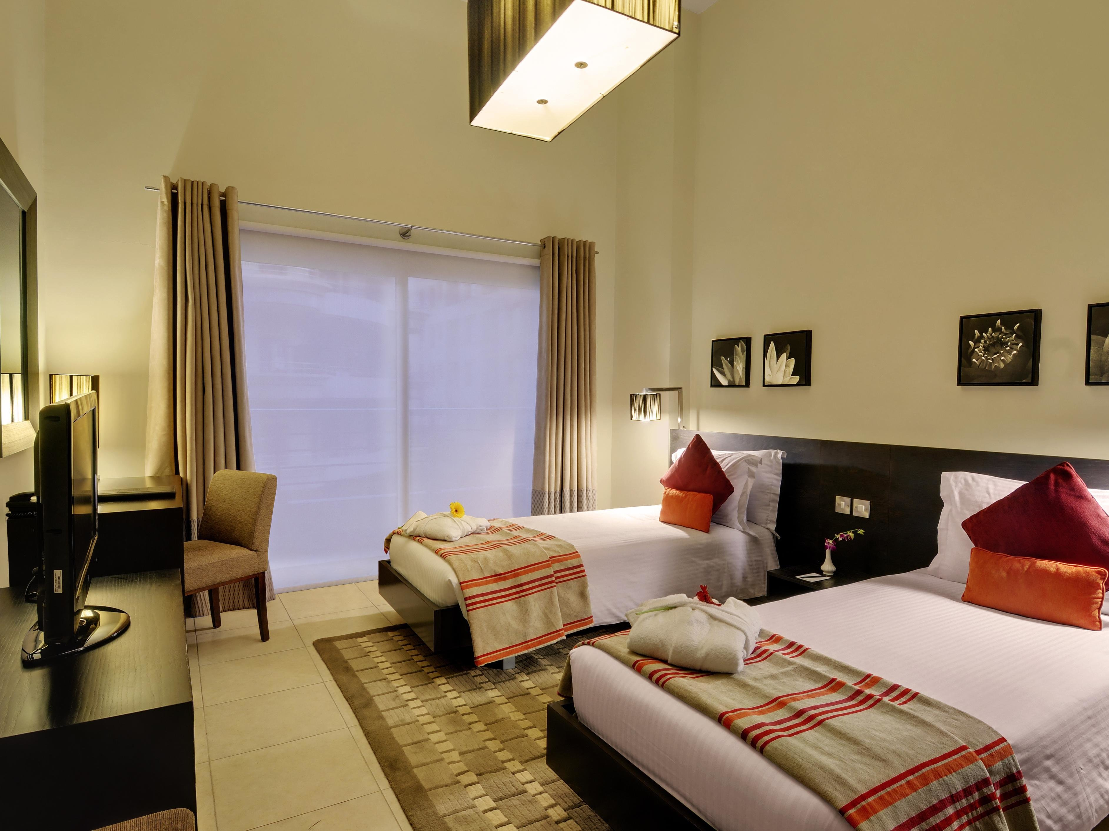 Best Price On Lotus Grand Hotel Apartments In Dubai Reviews With Pictures