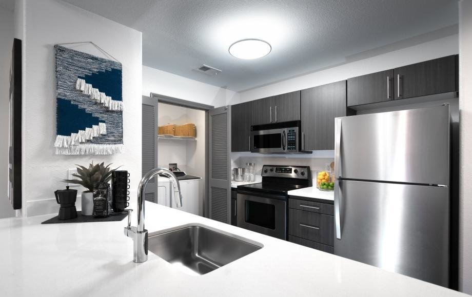 Best Apartments For Rent In Long Beach Ca Camden Harbor View With Pictures