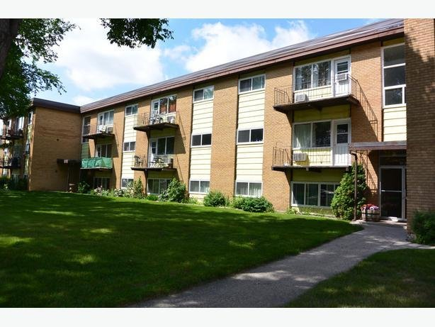 Best 1 Bedroom Apartment Rental In South Regina 4040 Retallack With Pictures
