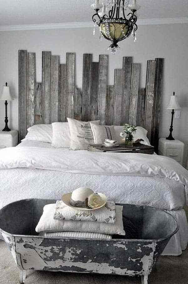Best 32 Super Cool Bedroom Decor Ideas For The Foot Of The Bed With Pictures