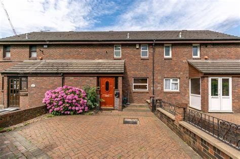 Best 2 Bedroom House For Sale Tamworth Road Central Croydon With Pictures
