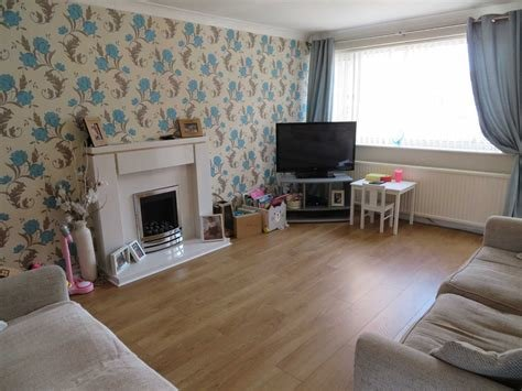 Best 3 Bedroom Town House For Sale Kendal Drive Oldham Ol2 With Pictures