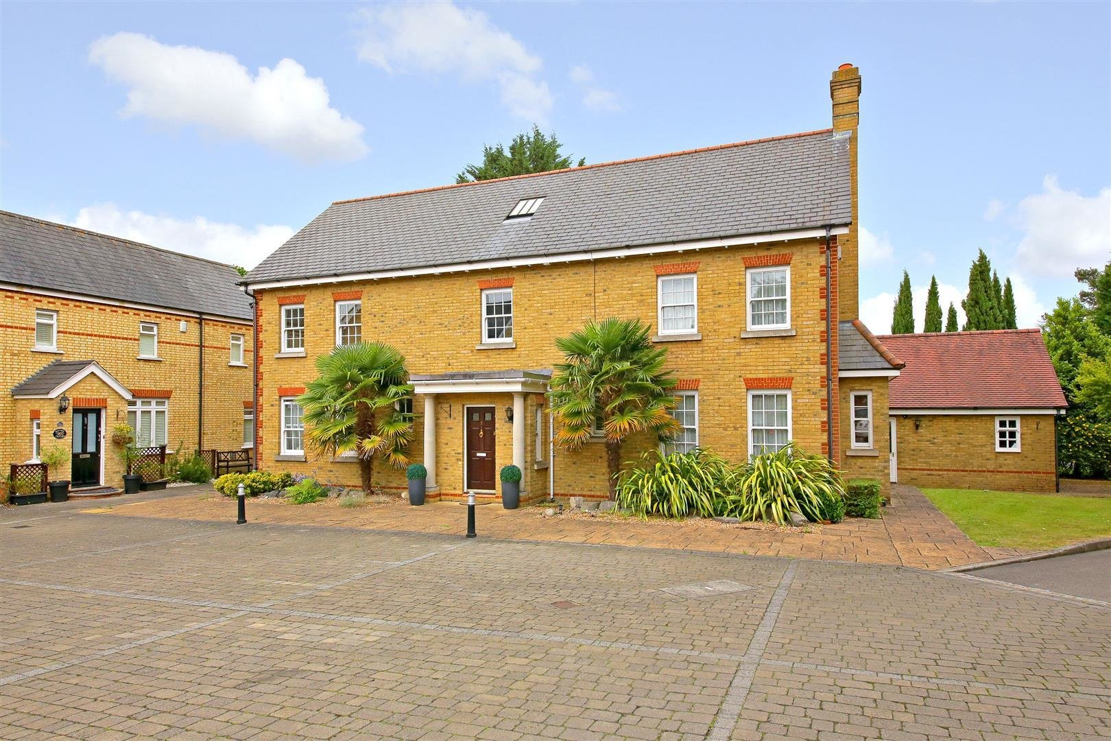 Best 6 Bedroom House For Sale In Elstree Borehamwood With Pictures