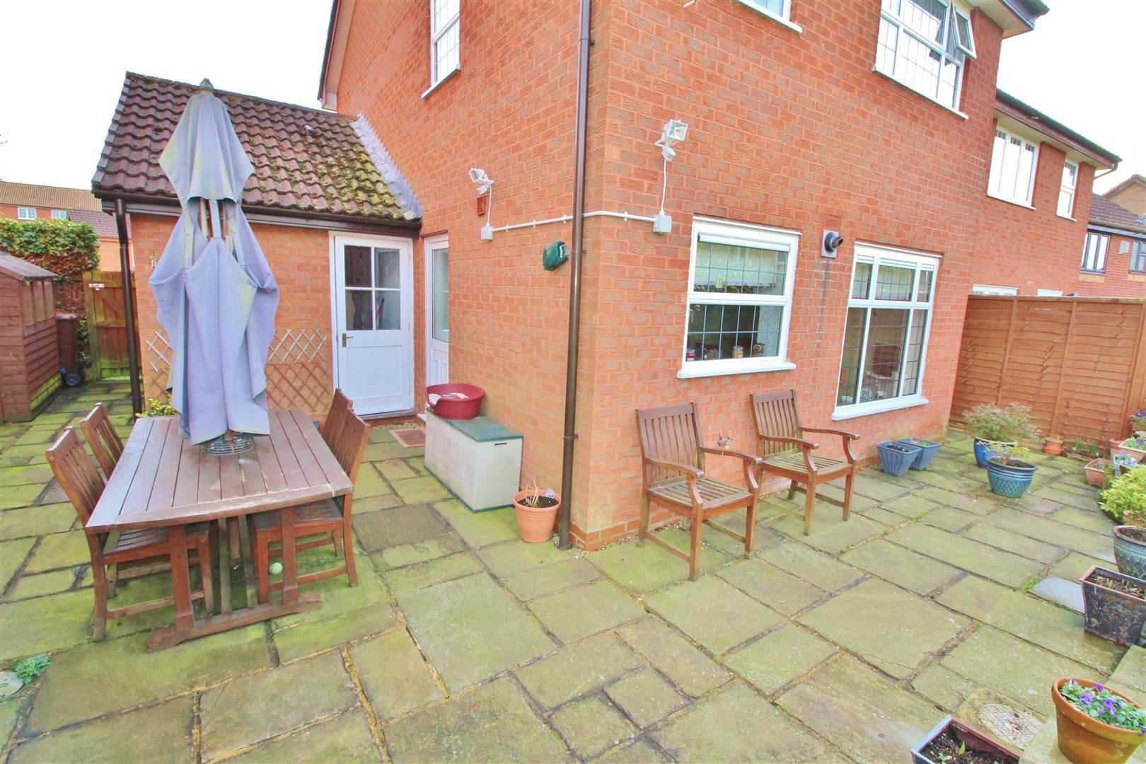 Best 3 Bedroom House For Sale In Borehamwood With Pictures