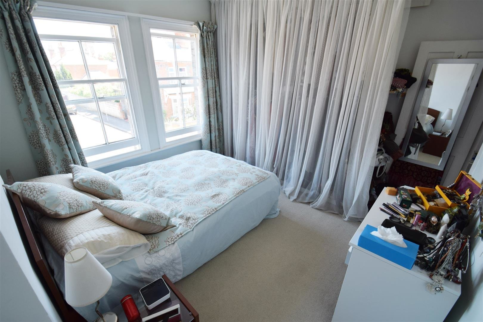 Best 2 Bedroom Terraced House For Sale In Reading With Pictures
