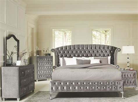 Best Deanna Grey Velvet King Platform Bedroom Set 20510Ke With Pictures