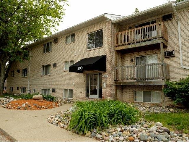 Best Auburn Place Apartments Apartments In East Lansing Mi With Pictures