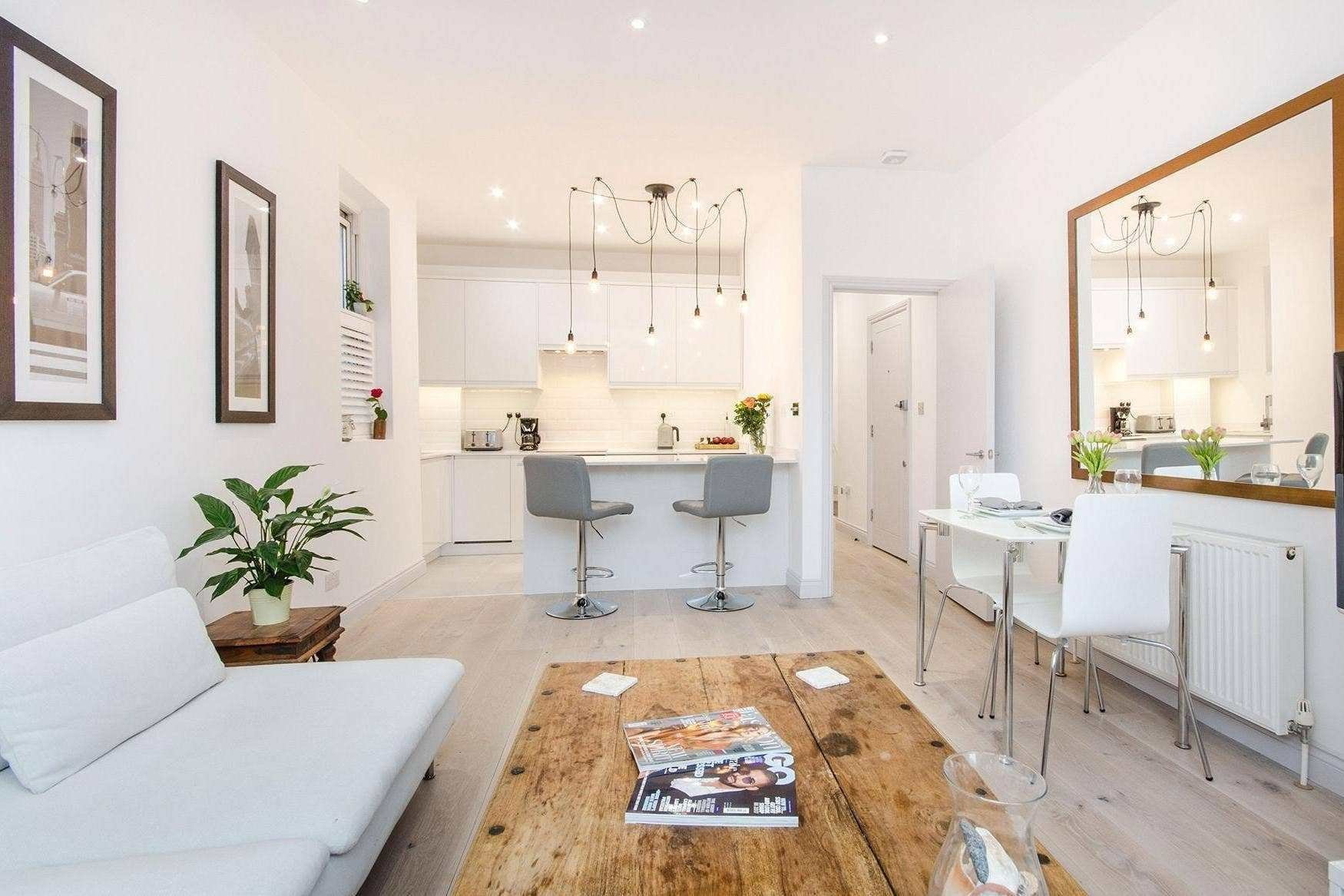 Best London Buy Of The Week Two Bedroom Split Level Flat Close To Streatham Common Comes With High With Pictures
