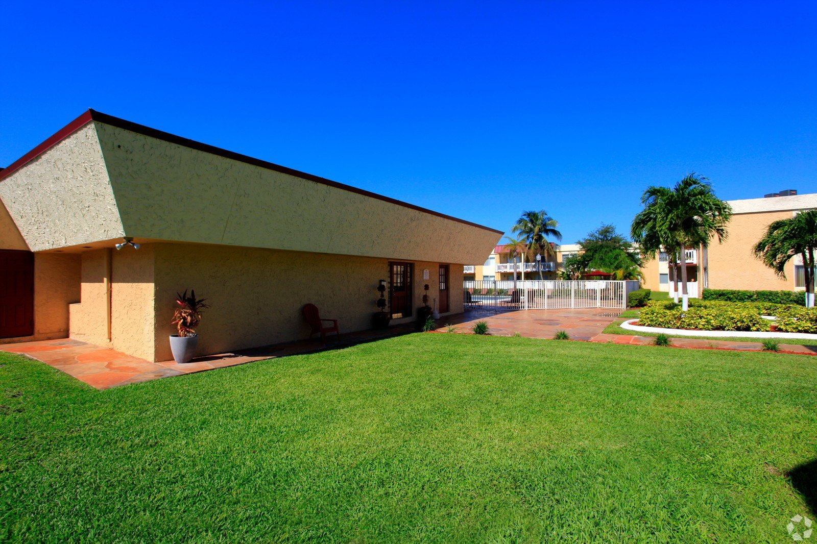 Best Windsor Forest Apartments In Pompano Beach Media Gallery With Pictures