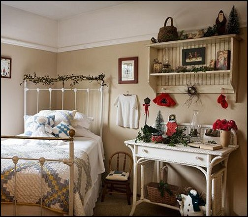 Best Decorating Theme Bedrooms Maries Manor Primitive Americana Decorating Style Folk Art With Pictures
