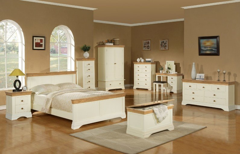 Best Solid Oak And Painted Bedroom Furniture Ranges Available With Pictures