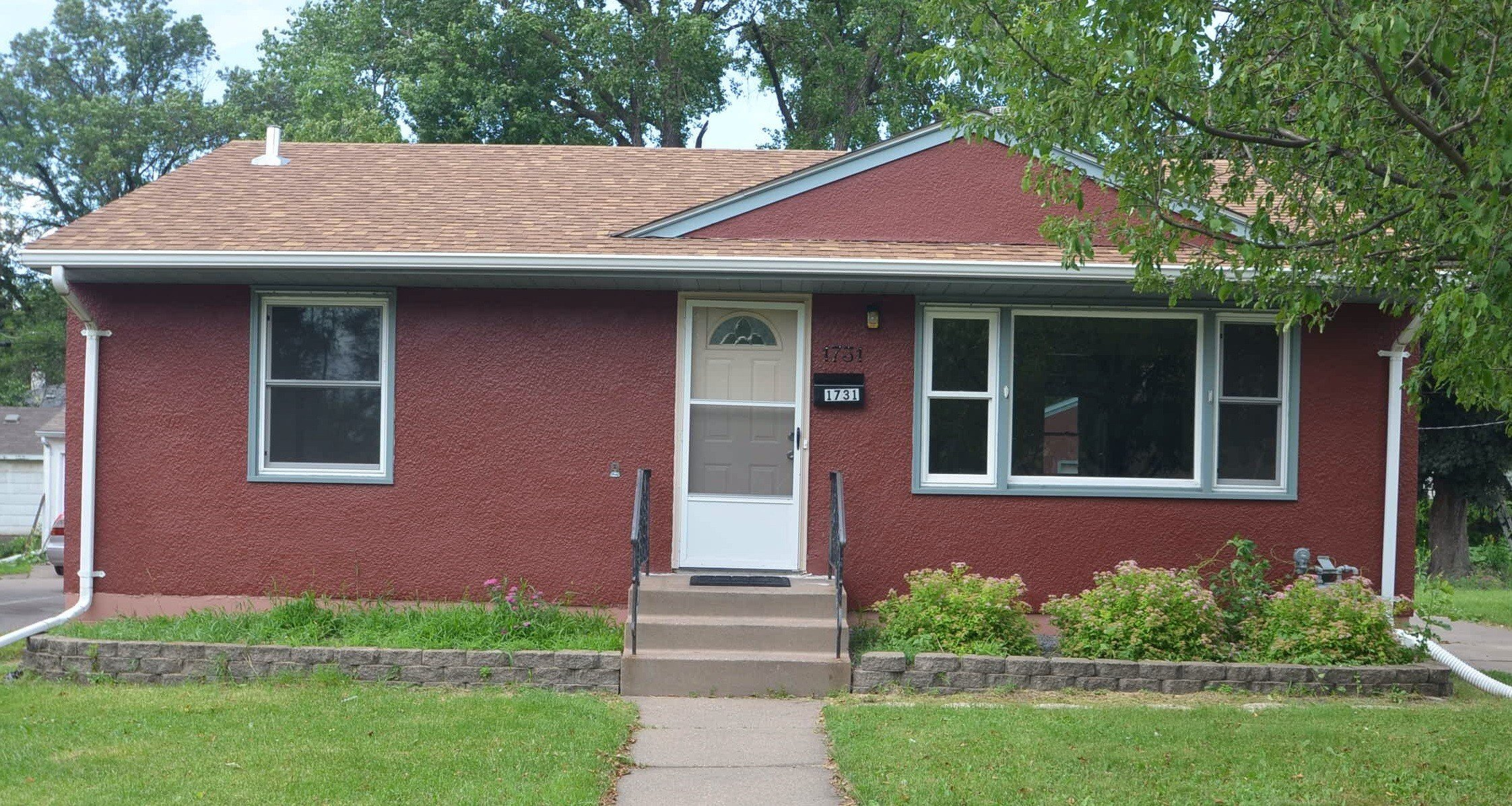 Best 1731 Idaho Ave E St Paul Mn 55106 4 Bedroom House For With Pictures