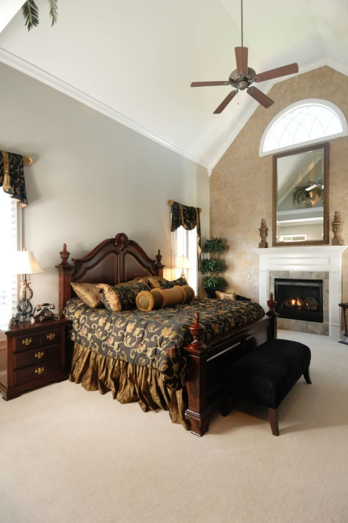 Best 30 Glorious Bedrooms With A Ceiling Fan With Pictures