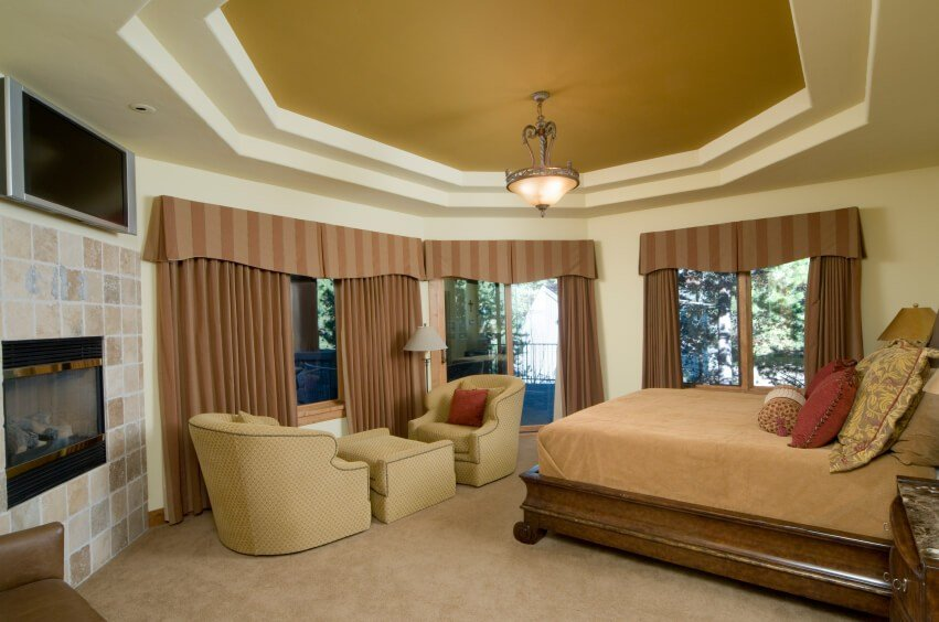 Best 16 Luxurious Bedrooms Complete With Flatscreen Televisions With Pictures