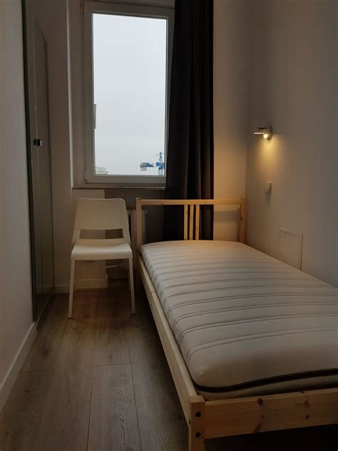 Best Room With Single Bed For Rent In 5 Bedroom Apartment In With Pictures