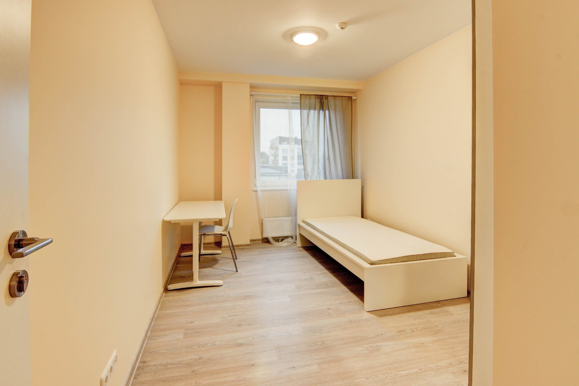 Best Sunny And Spacious Room In Brand New 3 Room Apartment With Pictures